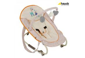 Люлеещ се бебешки шезлонг с дъга с играчки