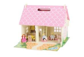 Дървена къща с обзавеждане и семейство - Разцъфнала къщичка