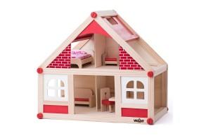 Дървена къща, с аксесоари и две кукли